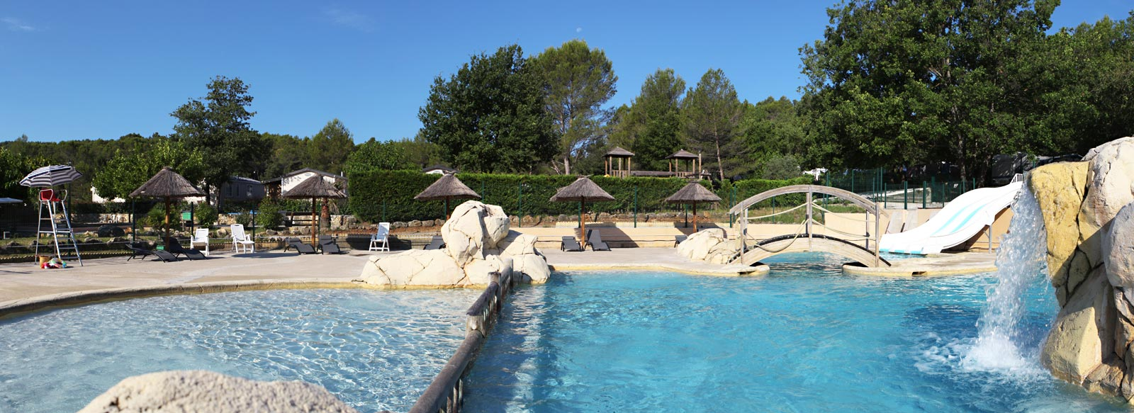 Site officiel camping les blimouses callas camping var for Camping var piscine